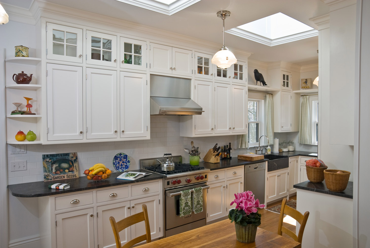 interior photo of residential kitchen